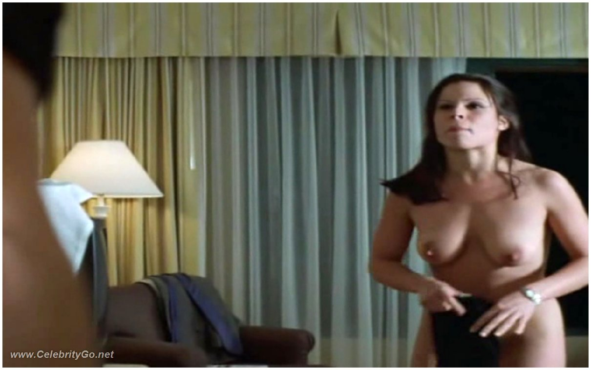 Lara Flynn Boyle sexy