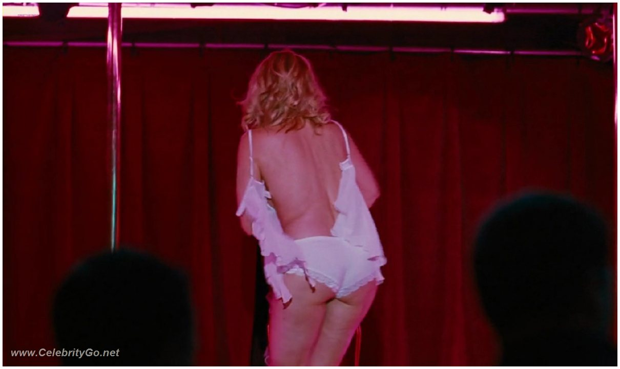 Naked Pictures Of Kim Cattrall