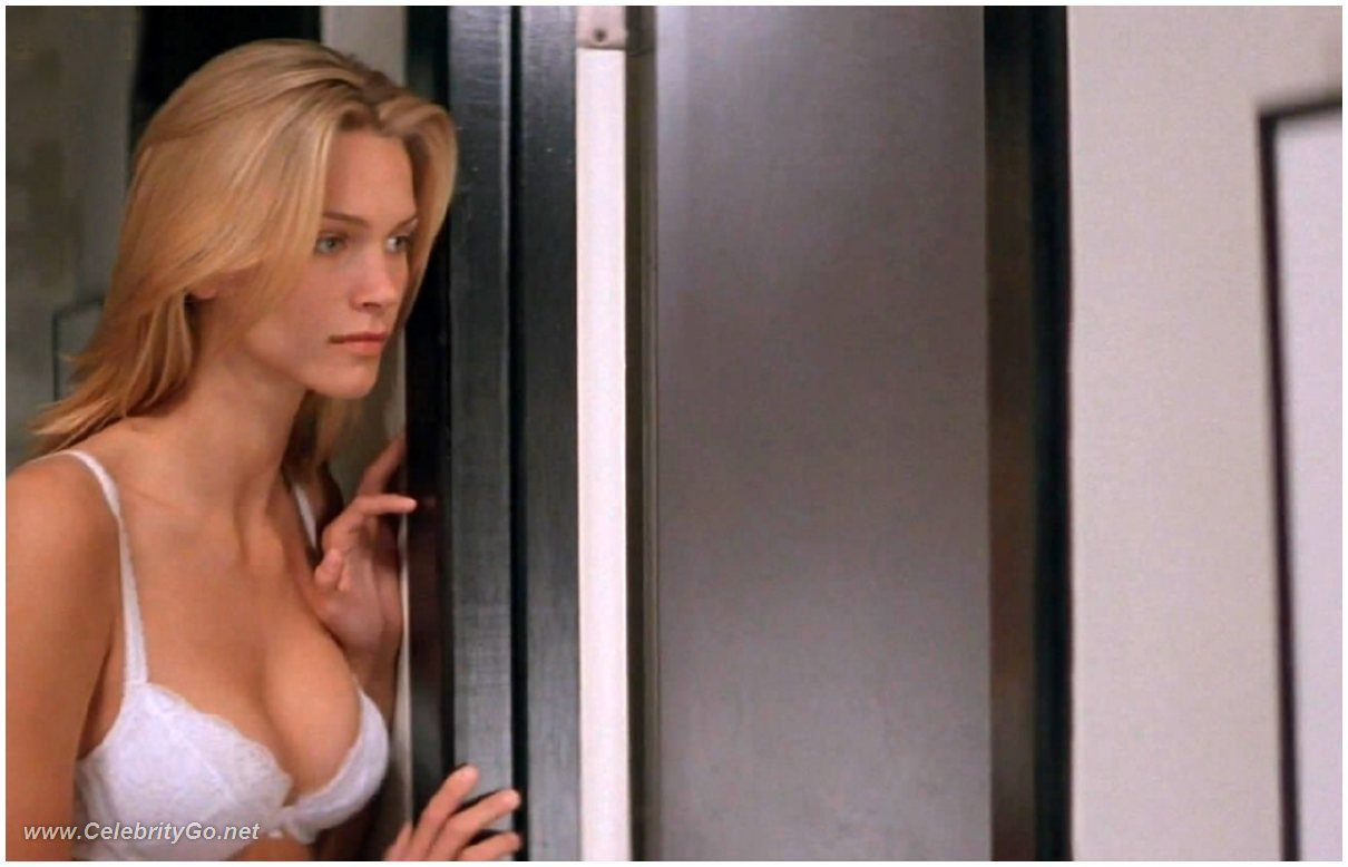 Natasha Henstridge naked photos. Free nude celebrities.: www.celebritygo.net/celebstape/natasha-henstridge/132647.html