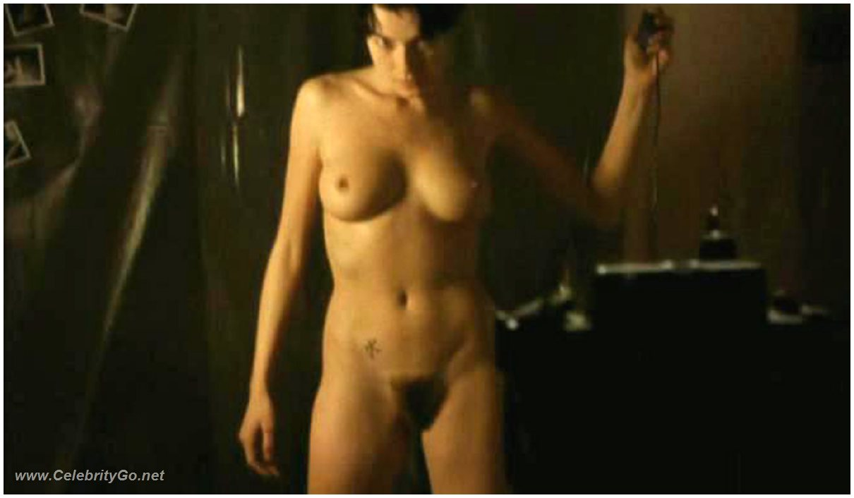 Stefania rocca nude from the invader