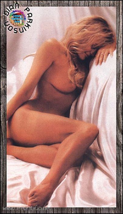 Dian Parkinson nude @ CelebrityGo.net