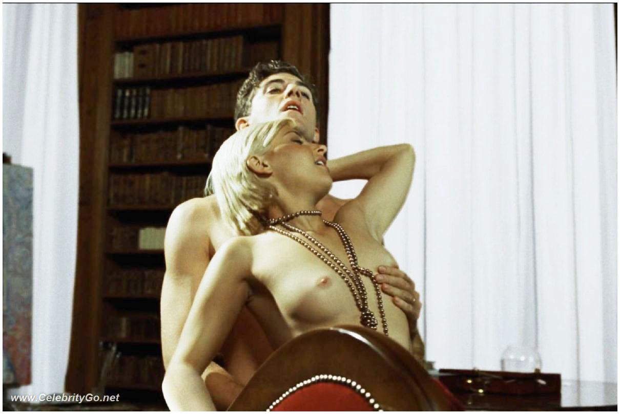 smotret-filmi-ukrainskaya-erotika