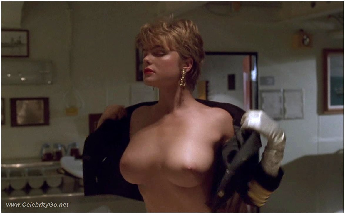 totally naked erika eleniak