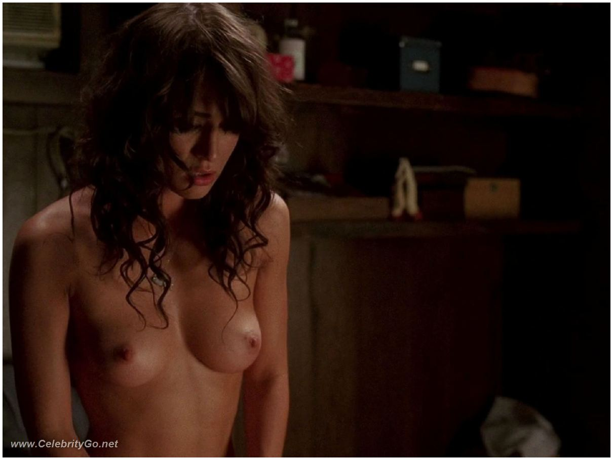 Lizzy caplan true blood nude