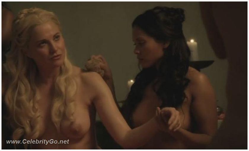 lyusi-louless-eroticheskoe-video