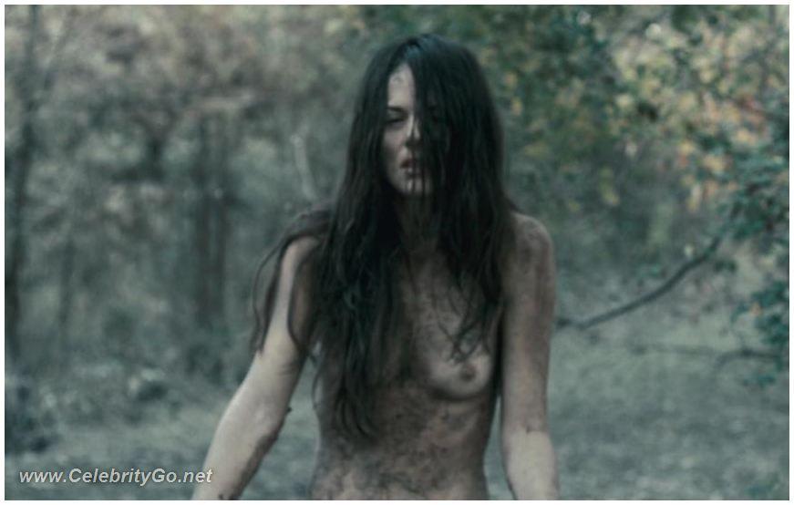 sarah butler naked