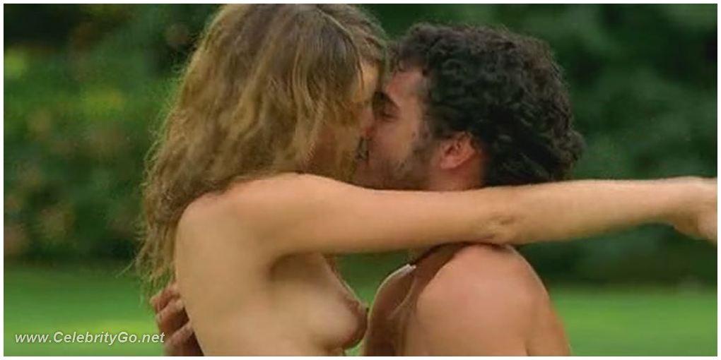 Violante placido nude the american 2010 9